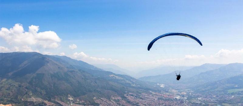Paragliding, Medellin