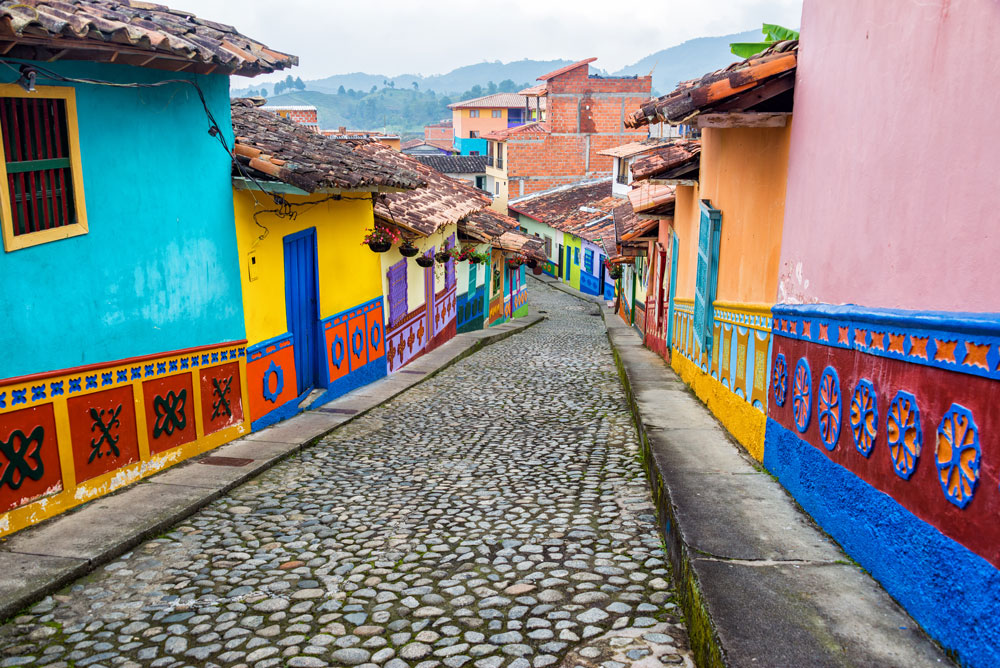 Guatapé colourful pueblo